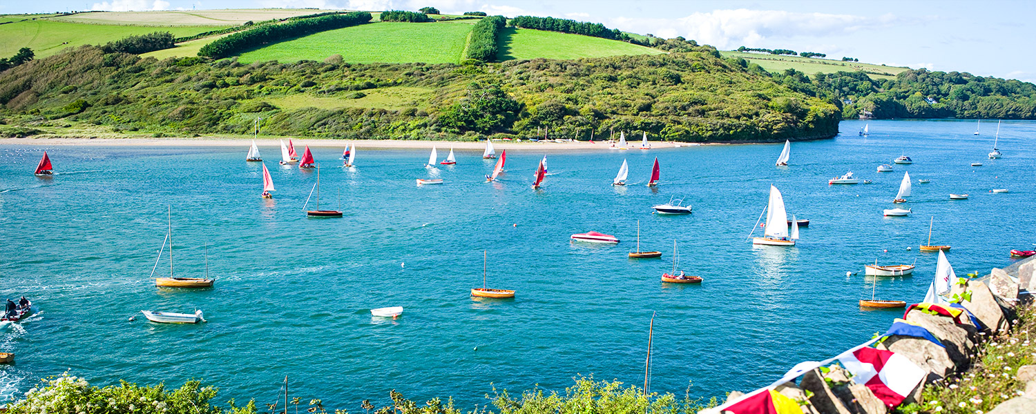 Boats sailing on the River Avon at Bantham
